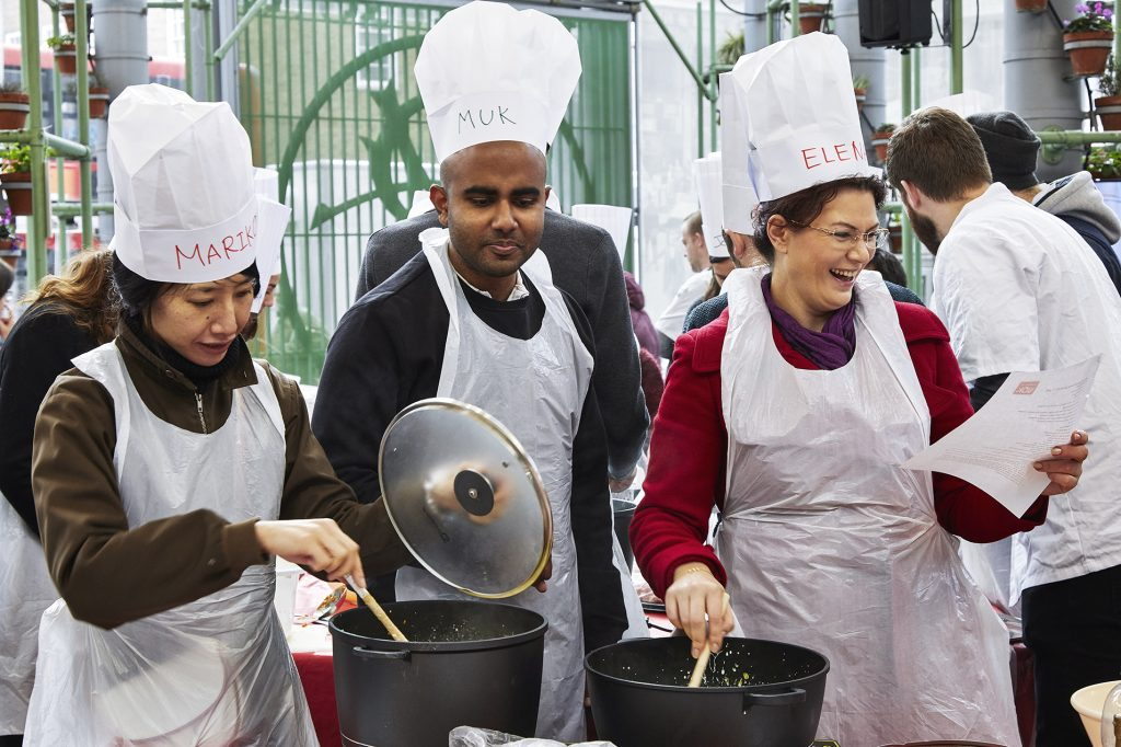 #Wokfor1000 will attempt to cook 1000+ meals in one day in Borough Market 51